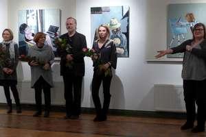 Wystawa - Anna i Jacek Albrecht z córkami - malarstwo