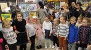 """""""Zwierzątka z bajek""""  - XV wystawa prac plastycznych dzieci z Przedszkola nr 10"""