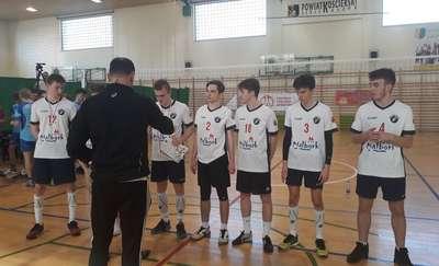 Drużyna II Liceum Ogólnokształcącego w finale Licealiady w siatkówce
