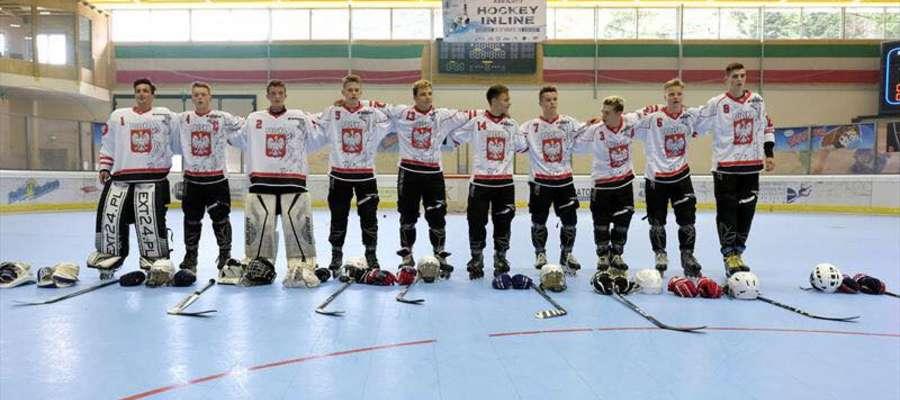 Trener Nawrocki i dwóch zawodników z Malborka na mistrzostwach świata w hokeju na rolkach