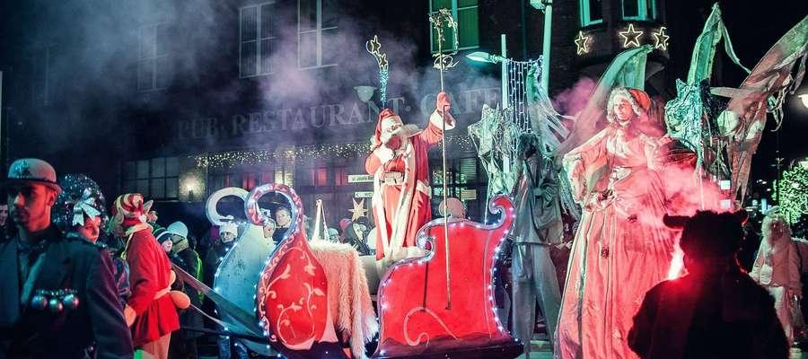 Parada ze św. Mikołajem i wspólne kolędowanie z Amber Chant