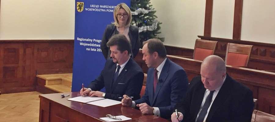"""Podpisano umowę na doposażenie żłobka """"Szarotka"""""""