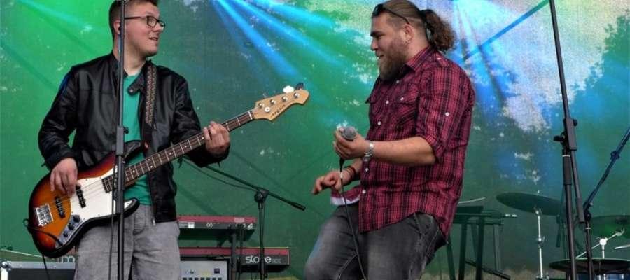Występ zespołu Reaggaeside podczas Dni Malborka 2017