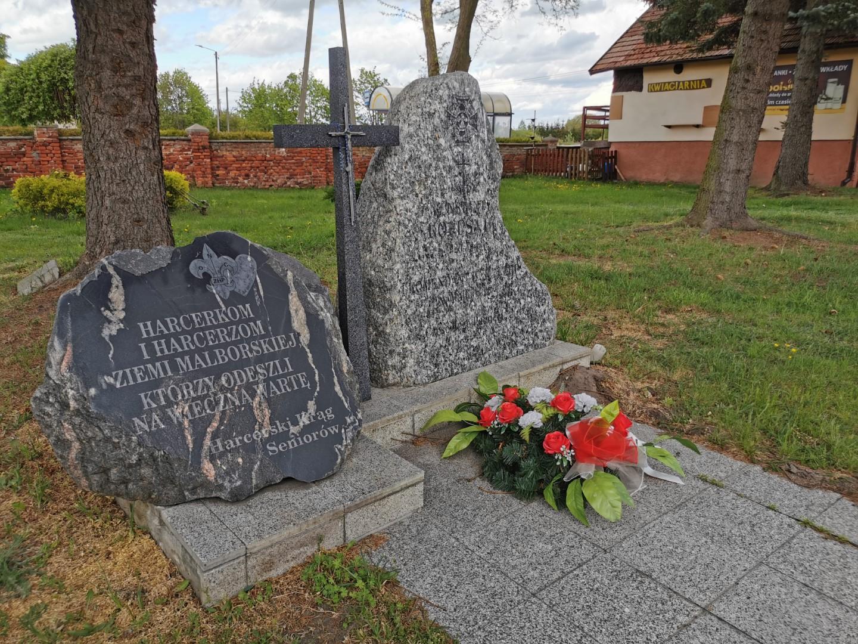 http://m.82-200.pl/2020/05/orig/4-obelisk-ku-czci-harcerzy-cmentarz-komunalny-2-5893.jpg