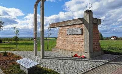 Pomnik Stalagu XXB