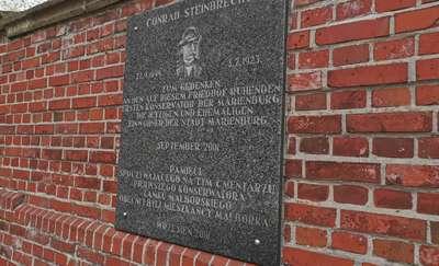 Tablica ku pamięci Conrada Steinbrechta