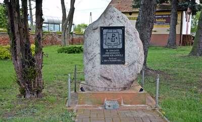 Kamień w hołdzie Żołnierzom AK