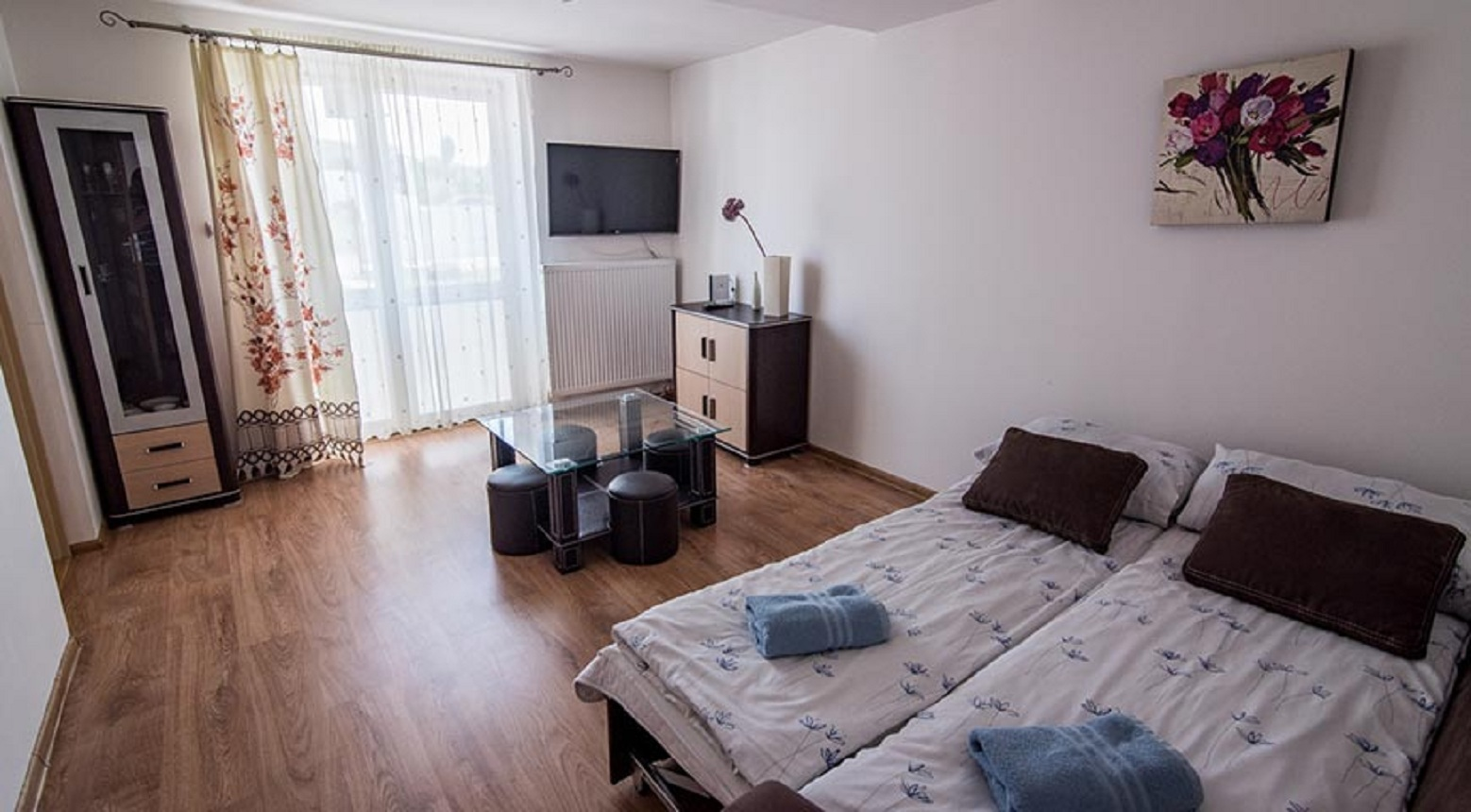 http://m.82-200.pl/2020/06/orig/apartament-deluxe-6151.jpg