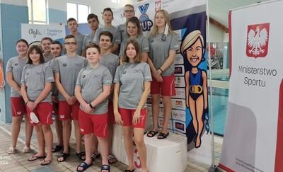 13 medali pływaków MAL WOPR na zawodach z Otylią Jędrzejczak