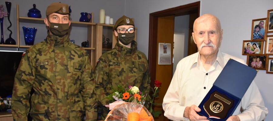 """kombatant Antoni Kownacki ps. """"Sosna"""" oraz żołnierze WOT"""