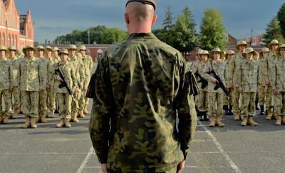 Uczniowie klas mundurowych na ostatniej prostej szkolenia wojskowego. W  piątek uroczysta przysięga