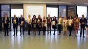 Nagrody Burmistrza dla wyróżnionych dyrektorów i nauczycieli